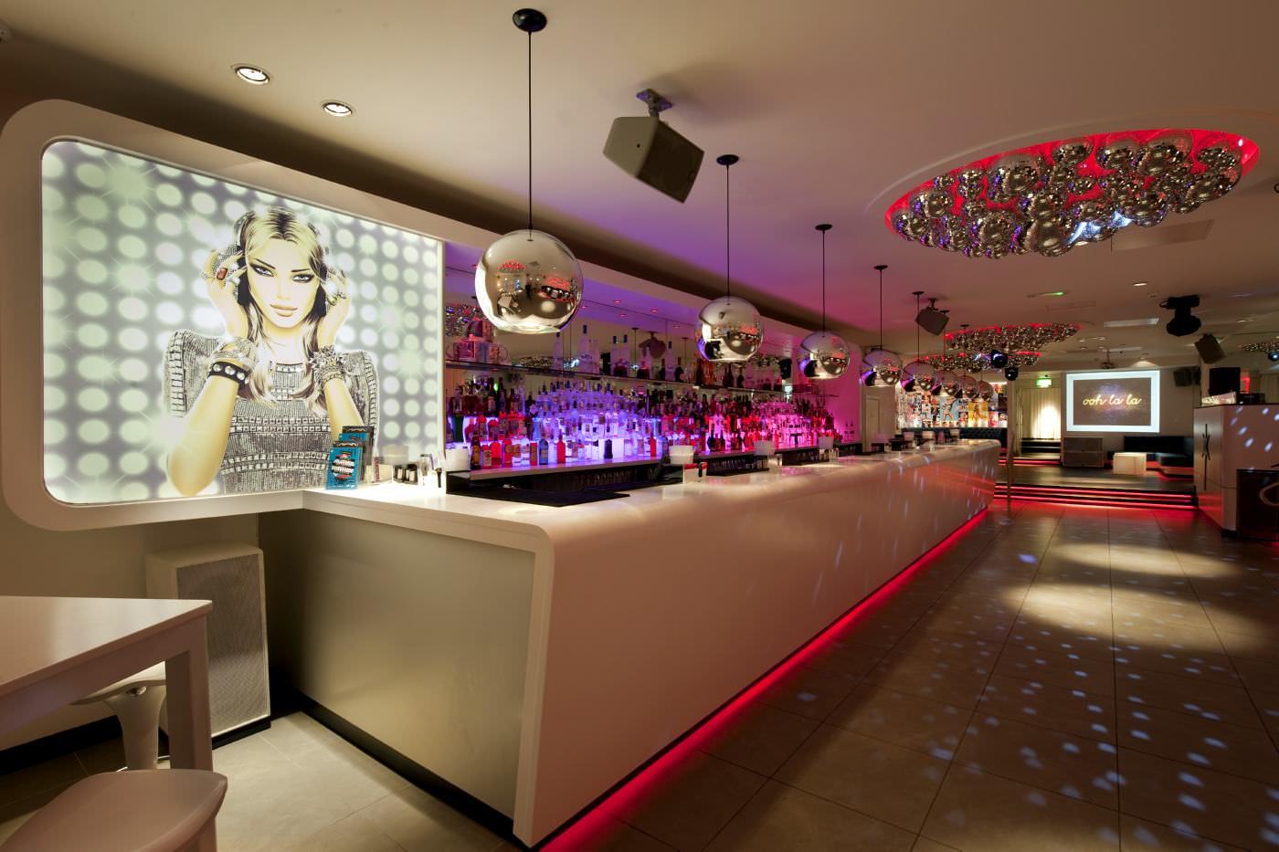 Hedkandi bar